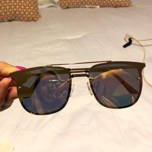 Rosegold Quay sunglasses